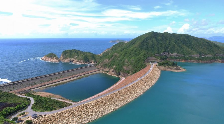 行萬宜水庫東壩地質步道,窺看海蝕洞·遠眺破邊洲
